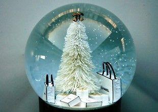 Authentic CHANEL Bag Snow Globe Snowdome Christmas VIP gift VERY