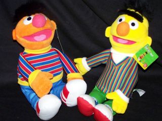 Gund Bert and Ernie Set Sesame Street NWT 14 NWT BUDDY PACK FREE