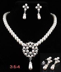 wedding jewelry set in Clothing,