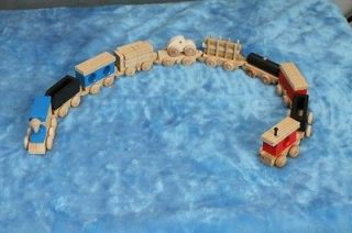 CHILDRENS HANDCRAFTED WOODEN TOY TRAIN ENGINE + 9 CARS