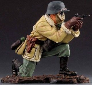 THOMAS GUNN WW1 GERMAN GC012B ROMMEL FIRING PISTOL WEARING GAS MASK