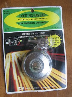 VINTAGE LOCKING GAS CAP HOLLYWOOD ACC 4610BL USA FORD CHEVY DODGE GM