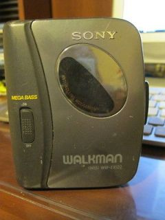 Sony Portable Cassette Tape Player WALKMAN MEGA BASS AVLS Anti Rolling