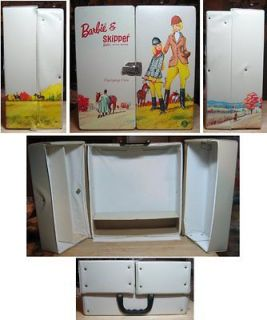 Barbie & Skipper Beige Vinyl Trunk Carrying Case