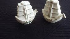 Vintage Tall Ship Salt And Pepper Shakers Niagara Falls