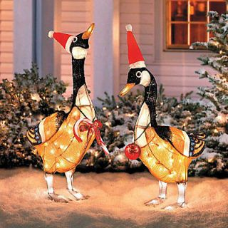 GRADE LIGHTED WHIMSICAL CANADIAN GEESE OUTDOOR CHRISTMAS DECOR SET 2