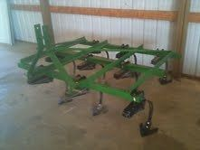 John Deere 3 point hitch Feild Cultivator for sweet corn, food plots