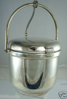 VINTAGE SILVER PLATED ICE BUCKET W/HANDLE BY REED & BARTON