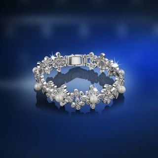 Silverware VGK054 Grace Kelly Pearl Floral Bracelet Cubic Zirconia