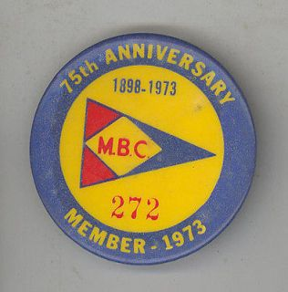 1973 MEDFORD BOAT CLUB Pin BUTTON Pinback YACHTING MBC Boating