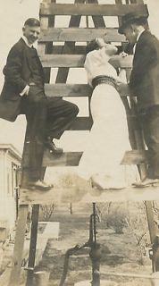 VINTAGE WELL WINDMILL ROMANCE UNUSUAL PUMP OLD PHOTO