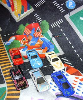 BOXED MY DREAM MAT ROAD MAP PLAY MAT WITH 6 CARS CITY DOWNTOWN PUK