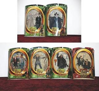 Lord of the Rings Lot of 6 FIGURES  FotR W/ GANDALF (LIGHT UP STAFF
