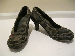 Nine West Womens Frayed Canvas Camo Sequined 3 inch Heeled Pump