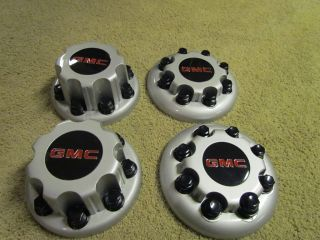 DUALLY GMC 8 LUG CENTER CAPS SET OF 4 FOR DUAL WHEELS   GM OEM