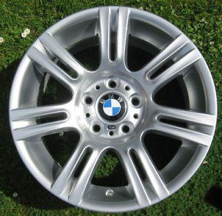 One BMW 17 M Double Spoke Alloy Wheel 8.5J Rear E90 E91 E92 E93 3 194
