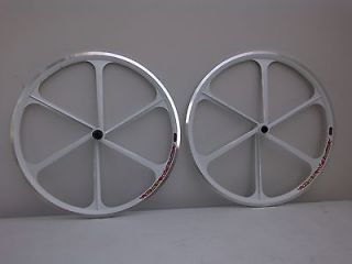 Racing bike wheelset aerospoke tenyrim UK rim brake, shimano speed fit