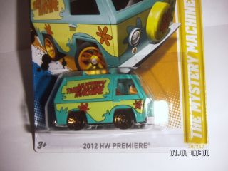 Hot Wheels 2012 HW Premiere The Mystery Machine Scooby Doo