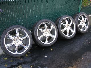 Mercedes Chrome Wheels and Tires with Tire Pressure Monitors