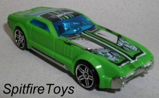 Hot Wheels Country Club Muscle Green Track Set Race Car
