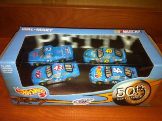 L1 62 NASCAR Petty Family Racing 50th Anniversary Four Car Hot Wheels