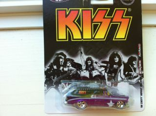 Hot Wheels Kiss 56 Chevy Nomad Delivery New