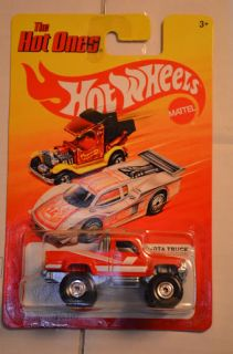 87 Toyota Truck Red Hot Ones P Case Hot Wheels 2012