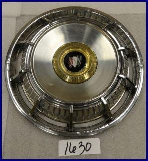 1962 62 Buick LeSabre Invicta Electra Deluxe Hubcap Hub Cap 1352255 A