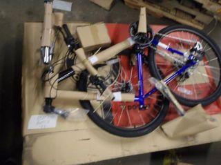 Schwinn GSD Solution Mens Mountain Bike Blue 26 Wheels