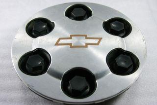 Brushed Metal Chevrolet 6 Lug Center Cap Part 9594520
