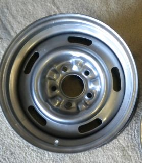 GM CHEVY STEEL OEM RALLY WHEEL CAMARO NOVA CHEVELLE CORVETTE IMPALA 15