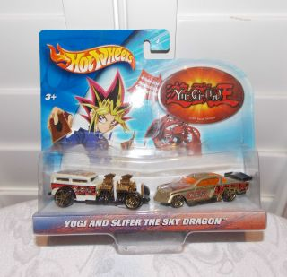 YU GI OH Hot Wheels Yugi Slifer The Sky Dragon Double Die Cast Car Set
