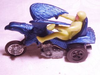Hot Wheels Rrrumblers Bold Eagle
