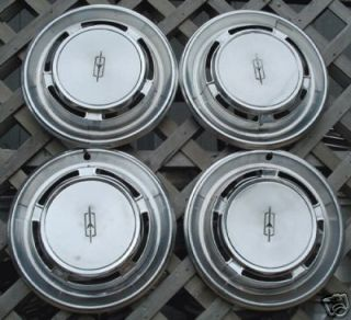1970 Olds Oldsmobile F85 Cutlass Hubcaps Wheel Covers