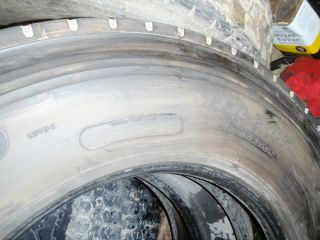 Used Dunlop Tires Semi Truck Trailer Tires 4