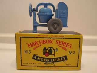 Moko Lesney Matchbox Regular Wheel Series Cement Mixer #3A Gray Wheels