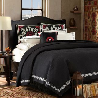 Artology Kalam Coverlet (Pirate blackWeave: WovenPattern: PlaidMaterials: 100 percent cottonCare instructions: Machine washableDimensionsQueen coverlet: 90 inches wide x 90 inches longKing coverlet: 106 inches wide x 90 inches longThe digital images we di